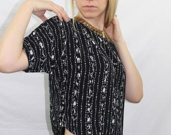 Vintage 80s Black and White Printed Short Sleeve Crop Top Size XS S