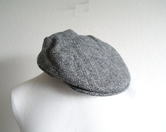Vintage Harris Tweed Cap - Wool Hat - Herringbone Wool - Eddie Bauer Hat - Mens Hat - Newsboy - Made in USA - Kangol Style - Plaid Wool - L