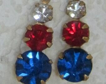Capri Blue Siam Clear Swarovski Crystals 3 Tier Multi Setting Round Red, White, Blue