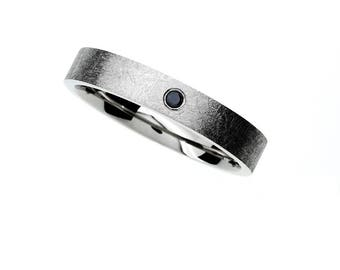 Scratched wedding band with black diamond, modern wedding ring, man black diamond, contemporary, men palladium, gothic, black engagement