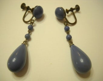 Vintage Periwinkle Dangle Screwback Earrings (9524)