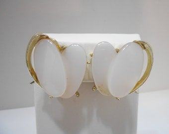 Vintage Gold Tone & White Double Thermoset Clip Earrings (7122)