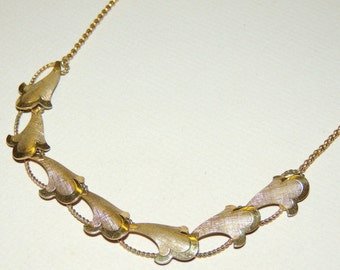 1950s VAN DELL Gold Tone Necklace