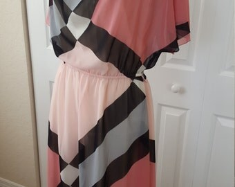 1980s Floaty Pink Black and Grey Midi Dress