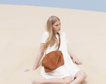 Leather Purse with Zipper, Leather Bag, Leather Handbag In Honey Brown, Over The Shoulder Leather Bag - Honey Brown Lolu