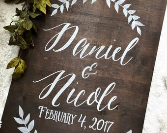 Rustic Wooden Wedding Welcome Sign • Couple's Names Wedding Sign • Wedding Welcome Sign  • Winter Wedding Sign