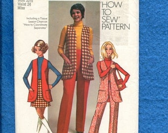 """1970 Simplicity 8917 Retro Long Vest Pants & Skirt """"How to Sew"""" Pattern Size 10"""
