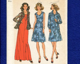 1970's Simplicity 6665 Cap Sleeve Tee Shirt Dress & Pointed Collar Over Shirt Size 12 UNCUT