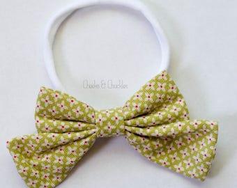 Floral Fabric Hair Bow, Nylon Headband, Green and Pink Floral Nylon Headband, Easter Headband, Spring Headband, Hair Bow, Baby Accessories