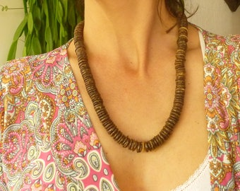 Coconut Necklace. Coconut Disc Beads. Medium Size. Jewelry Coconut Seeds
