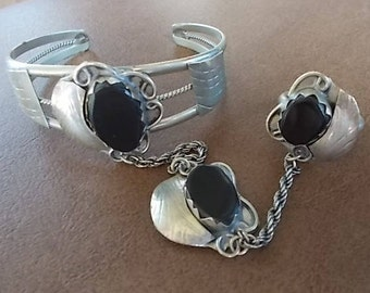 Vintage~Native American~SLAVE  BRACELET~Sterling Silver~Navajo~Black Onyx~CUFF~Ring and Pendant~Set~8.5 ring~Onyx~Stones~Southwestern~Signed