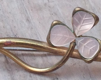 Vintage mother of pearl clover leaf brooch