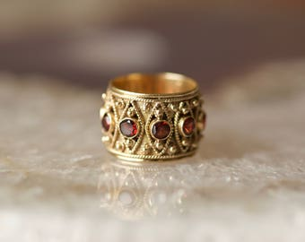 Antique Vtg Regal 14k Gold Garnet Etruscan Style Wide Eternity Band Ring Size 5.5