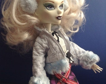 Monster High & Mystixx Jacket with Faux Fur and Ear Muffs, light blue, replacement clothes, fashion doll clothes jacket, EGST Greece