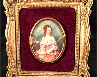 """Lovely Lady Louisa Fitzgerald Star of Pretty """"Cameo Creations"""" VICTORIAN Frame! SQUARE Plaster Frame Convex Oval Glass"""