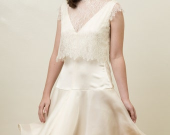 Chantilly Lace Cap Sleeve Bridal Topper - Greer
