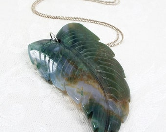 Vintage Sterling Silver Heavy Carved Moss Agate Feather or Leaf Pendant Necklace