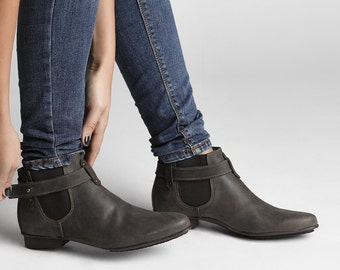 30% SALE - Brown leather boots - cowboy boots - brown pointy ankle boots - winter boots - brown leather booties - Clearance!