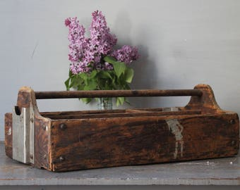 Rustic Tool Tote / Vintage Wooden Tool Box / Rustic Wooden Divided Tool Tote / Primitive Industrial Tool Tote Home Decor Vintage Wood Box