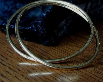 Vintage Monet Interlocking Oval Gold Tone Bangle Bracelets,Linked,Linking,Elliptical,Monet Gold Bangle Bracelet,Contemporary,Minimal Jewelry