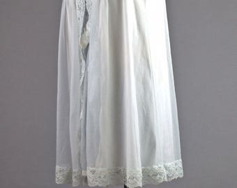 Vintage 1960 Negligee. 1960 Mini Nylon BabyDoll Nightgown