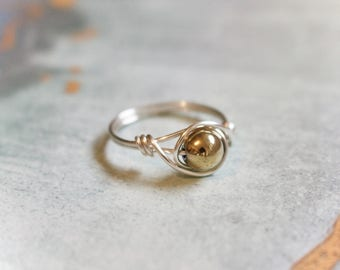 Wire ring, silver wire ring, wire wrapped ring, stone wire ring, stone ring, dainty wire ring, dainty ring, simple ring, gold ring, gemstone