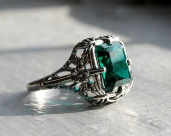 Beautiful Large Blue Green London Topaz 2.5 ct Ring. Sterling Silver Filigree Setting. Alternative Engagement Promise Ring. Art Deco Nouveau