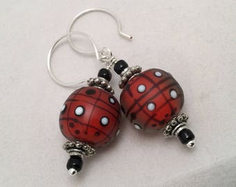 SRA Lampwork Bead Earrings-Bright Red, White and Black Lampwork Glass Beads