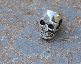 Sterling Silver Skull Beads, 10x5mm, 3mm Hole Running Sideways, Silver, 925 Sterling, Skull Bracelets, Gothic, Men's Jewelry, Supplies, ONE