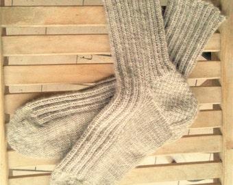 Durable handmade mens wool socks big size. Thick mens wool socks. Mens hiking wool socks. Mens boot socks. Mens winter home slipper socks