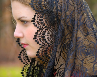 Evintage Veils~Black Rose Lace Chapel Veil Mantilla Infinity Veil Latin Mass
