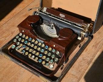 VERY RARE - Working Typewriter - Royal Portable P - Woodgrain Antique Typewriter - Working Perfectly