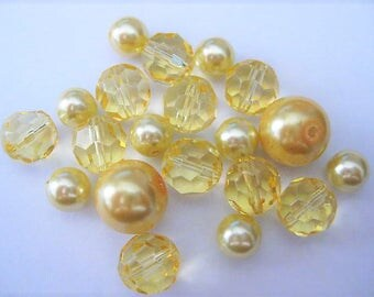 Jewelry Supplies ~ Yellow  Glass  Beads  22pcs   3 sizes