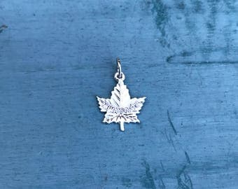 Sterling Silver Charm Pendant 2g