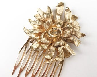 Vintage Hair Comb, Bridal Hair Comb, Flower Headpiece, Bridal Headpiece, Wedding Headpiece, Flower Hair Comb, Gold Hair Comb, Hair Adornment