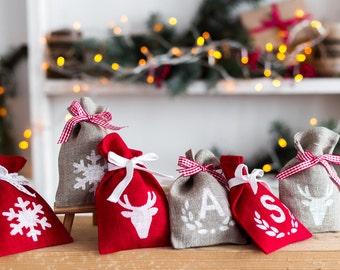 Burlap Christmas Bags, Christmas Gift Bag, christmas favor bags, Christmas Rustic Gift Bag, Holiday Gift Bags, burlap santa sack