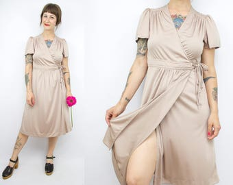 Vintage 70's Champagne Wrap Dress / 1970's Disco Dress / Nylon / Summer Dress / Women's Size Small