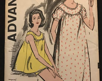 Advance 9616 - 1960s Sew Easy Mini or Maxi Length Nightgown and Bloomers - Size 10 Bust 31