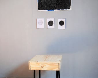 Reclimed wood stool