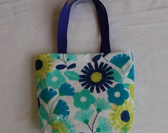Fabric Gift Bag/ Small Tote/ Hostess Gift Bag- Blue and White Floral