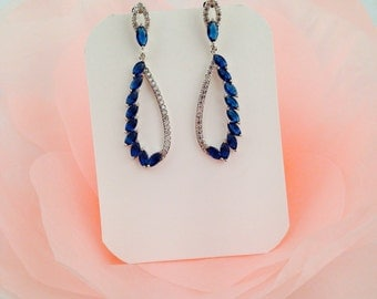 Blue wedding earrings Sapphire crystal earrings Blue bridal earrings Blue sapphire earrings Sapphire wedding jewelry royal blue