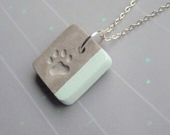 Necklace concrete paw & pastel - green - pink - blue - paw motif - gift -.