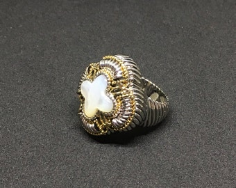 Genuine 8.75ct Mother of Pearl Lead and Tarnish Free Ring
