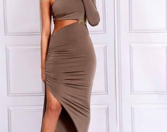 Kesha - Cut Out One Shoulder Dress