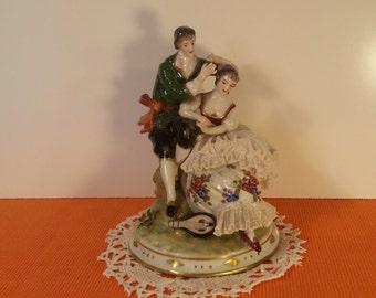 Colonial Couple, Vintage Figurine