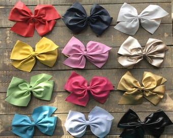 Boutique Vinyl Bow Clip | The Diane Bow