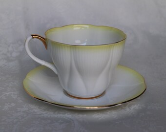 royal albert rainbow series teacup and saucer scalloped dainty shape tea cup set royal