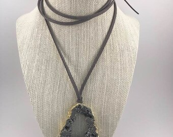 Charcoal Gray Druzy Geode Pendant Suede Wrap Choker Necklace