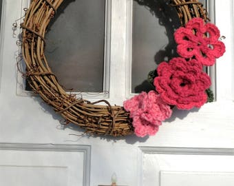 12 inch grapevine wreath with pink crochet flowers