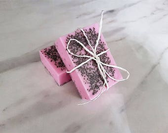 Buttermilk pink soap - Exfoliating chia seeds - Coconut